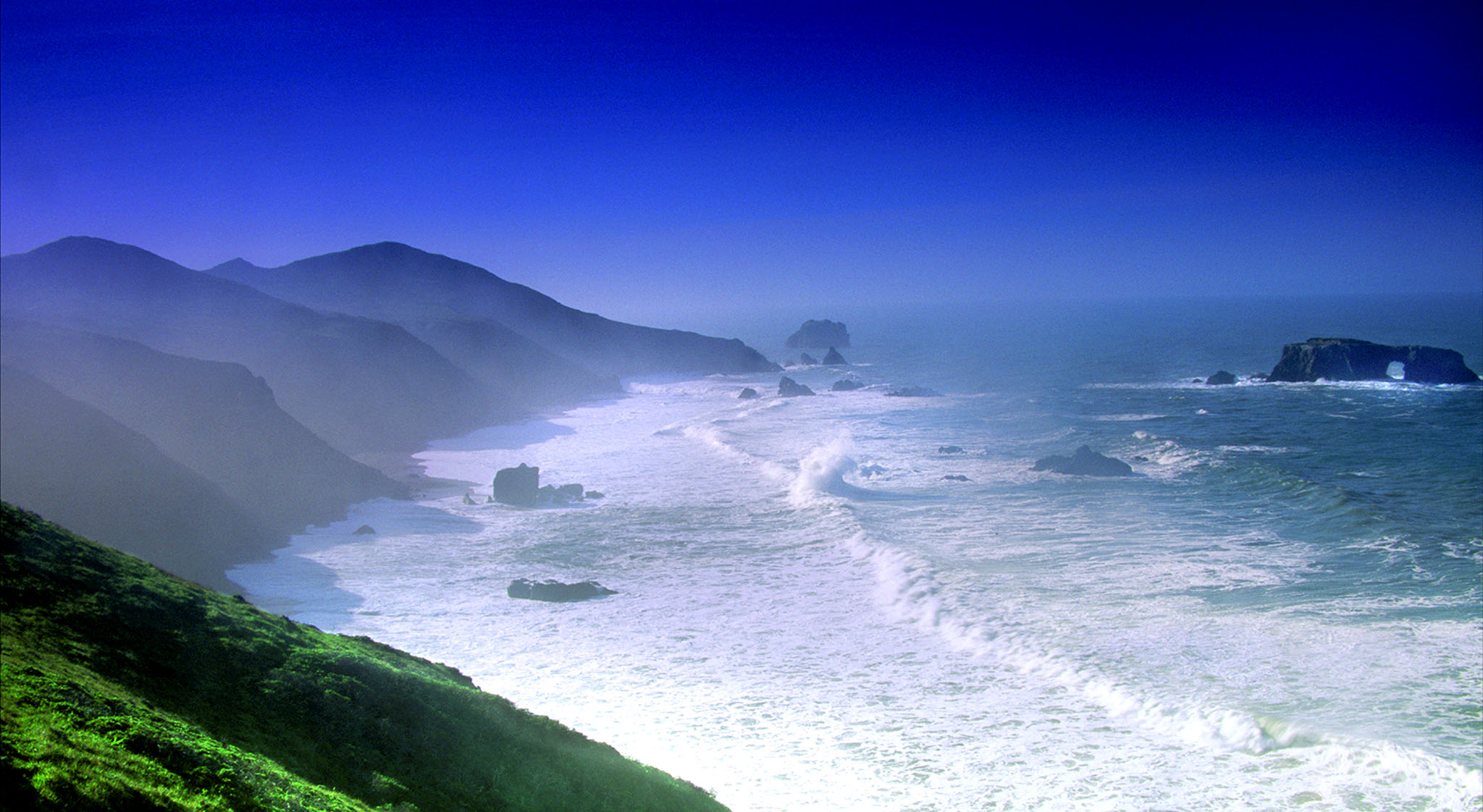 Landscape,pacific ocean,sonoma coast, breaking waves